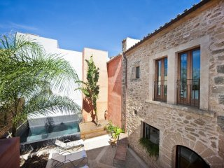 Casa Muralla - OFFER